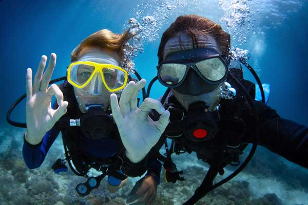 extreme sports scuba diving