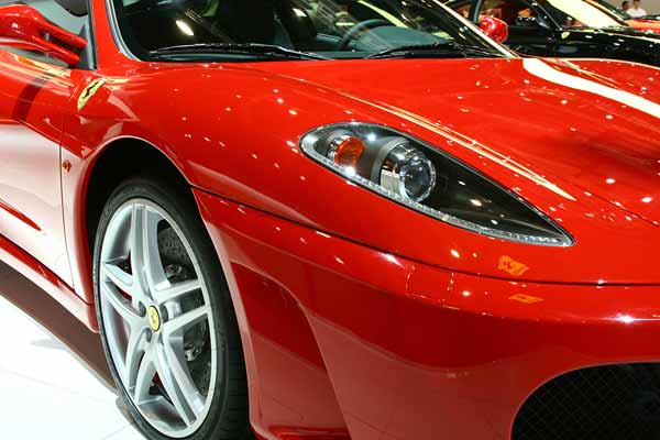 Red car cost more to insure