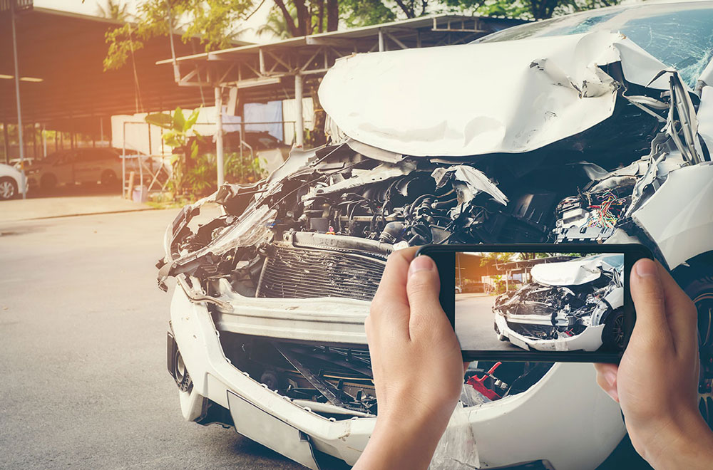 Is there a time limit to making a car insurance claim?
