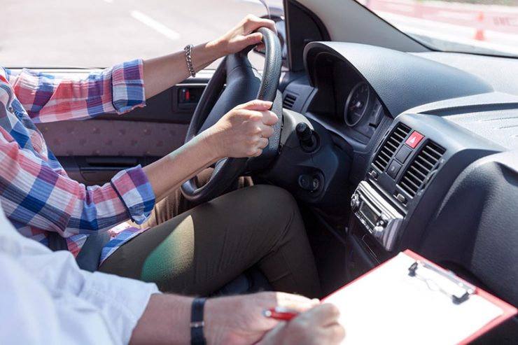 Tips To Choose A Driving Centre in SG - DirectAsia Insurance