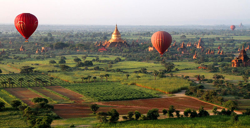 Myanmar Travel - Cruise the skies above Bagan on a hot air balloon