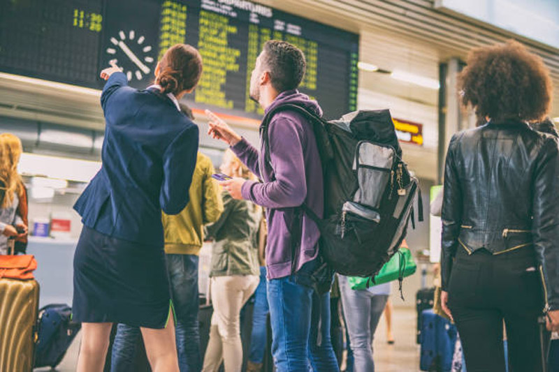 4 Ways To Handle Flight Delays And Cancellations Due To Bad Weather